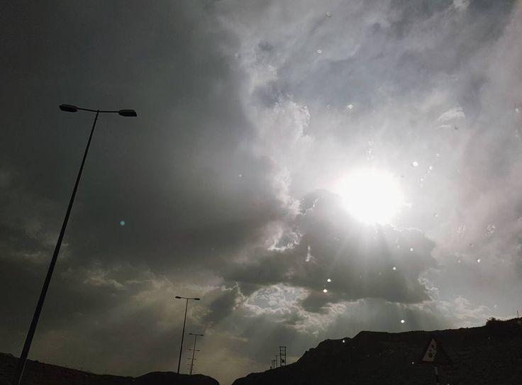 마지막 날, 기적 같았던 단비 - #오만 #두바이 #단비 #사막 #여행 #muscat #oman #dubai #uae #rain #desert #travel #adventure #20170505 http://tipsrazzi.com/ipost/1509536694196683622/?code=BTy86AhAsNm