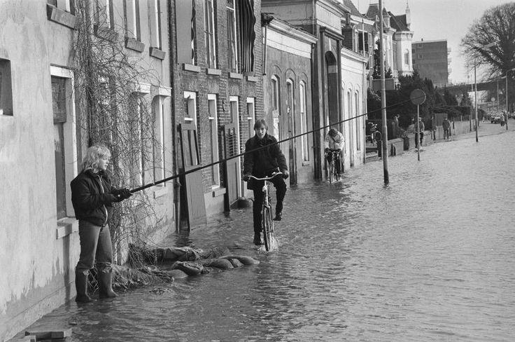 Welle Deventer (jaartal: 1980 tot 1990) - Foto's SERC