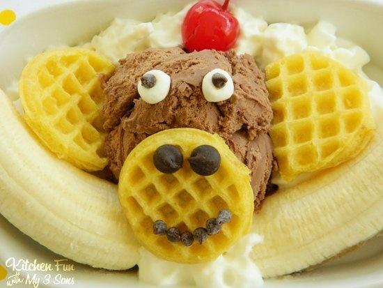 Eggo Monlet Banana Split