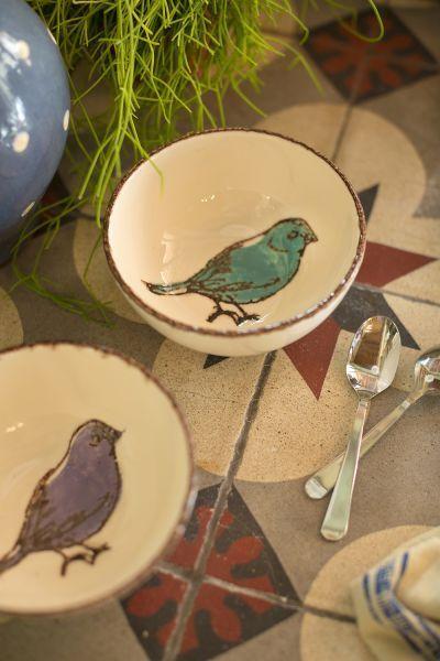 Bol décor oiseau coloris blanc et bleu réf 262137, coloris blanc et mauve réf 262138