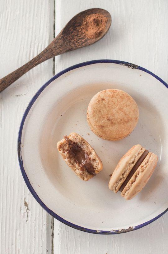 Raspberri Cupcakes: Milo macarons