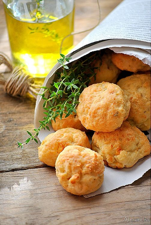 Feta & Oregano Cheese Puffs...a must try for our next dinner party!