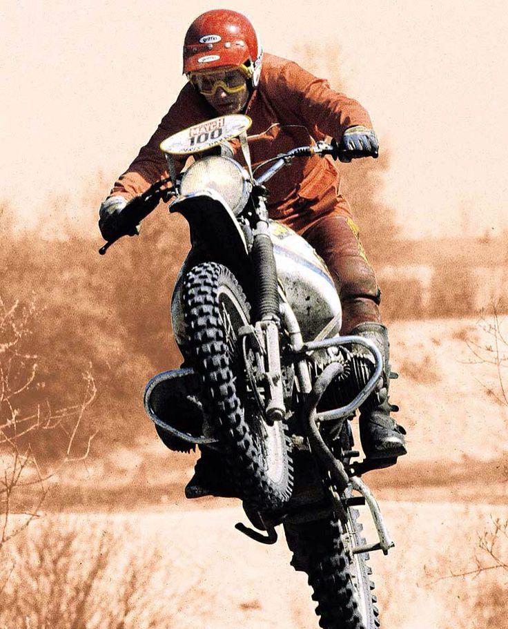 https://i.pinimg.com/736x/5c/88/0e/5c880e853ad89f01b4a9725fc9ae7d3a--motorcycle-men-dirtbikes.jpg