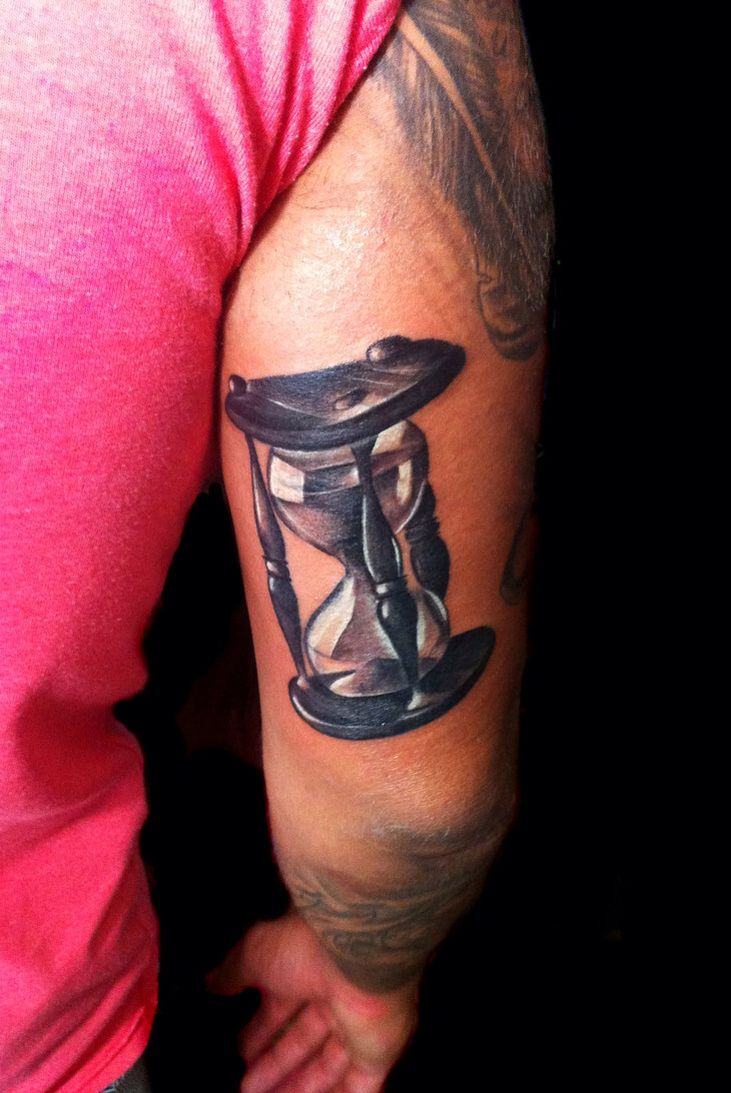 18 best images about tattoo ideas hourglass on pinterest small tattoos pencil drawings and. Black Bedroom Furniture Sets. Home Design Ideas