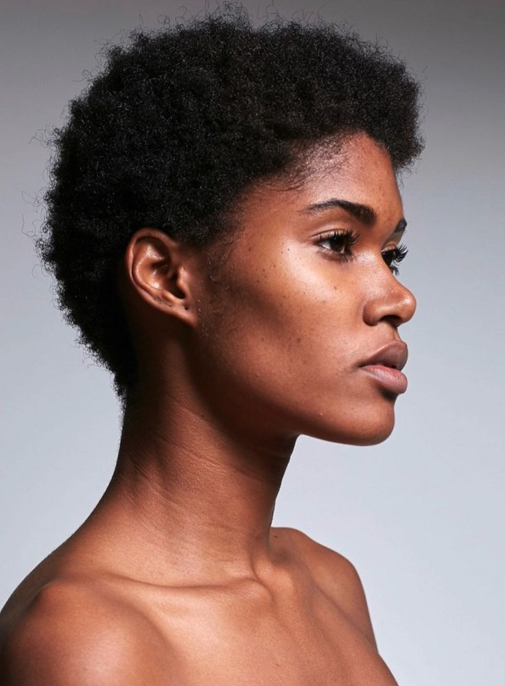 afro hair. kinky hair. short hair. short afro hair. short kinky hair. short natural hair. afro textures. kinky curly hair. beautiful hair. beauty. natural beauty.