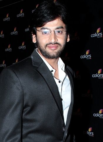Shashank Vyas explains the nature of daily soaps!