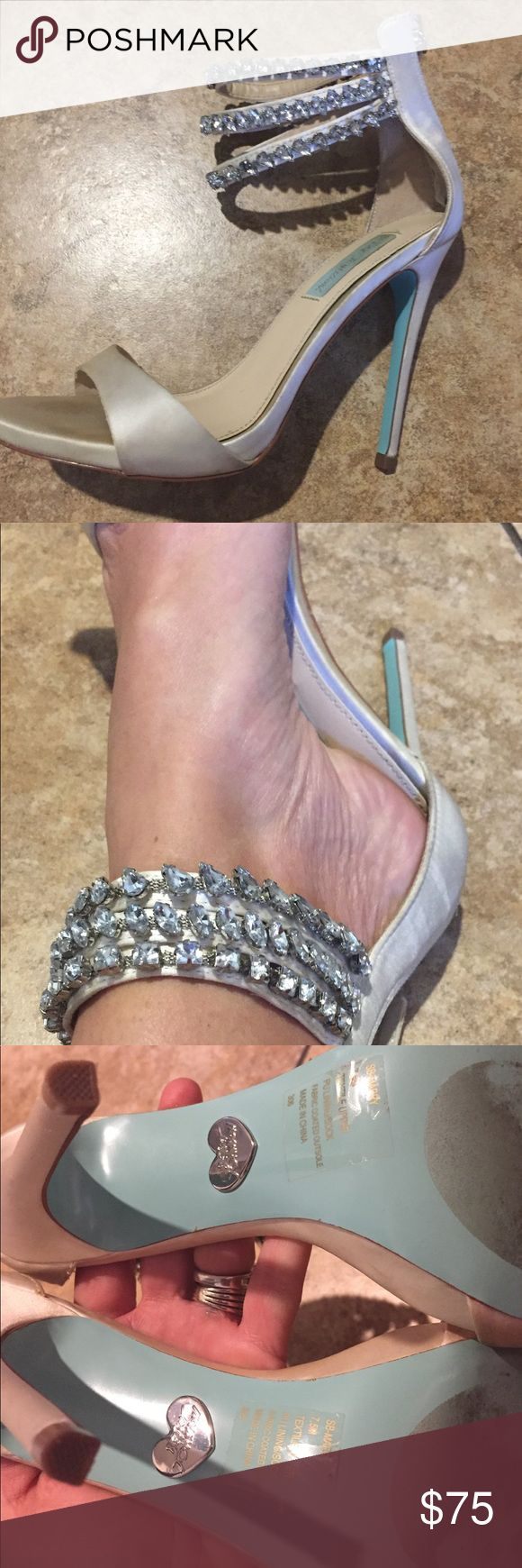 BETSEY JOHNSON BLUE SHOE 7.5 BEAUTIFUL, CRYSTAL, RHINESTONE, STRAPPY HIGH HEEL WEDDING, SPECIAL OCCASION, HOLIDAY IVORY BETSEY JOHNSON BLUE SHOE SIZE 7.5... PAID $140, WORE FOR 45 MINUTES ON MY WEDDING DAY... SO MANY COMPLIMENTS Betsey Johnson Shoes Heels