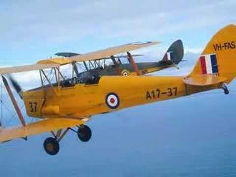 Anzac Dawn Service Tiger Moths Flight