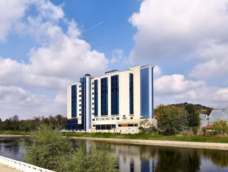 Oradea DoubleTree by Hilton Hotel Oradea Romania, Europe DoubleTree by Hilton Hotel Oradea is perfectly located for both business and leisure guests in Oradea. The hotel offers guests a range of services and amenities designed to provide comfort and convenience. Free Wi-Fi in all rooms, 24-hour room service, facilities for disabled guests, Wi-Fi in public areas, valet parking are there for guest's enjoyment. Guestrooms are designed to provide an optimal level of comfort with w...