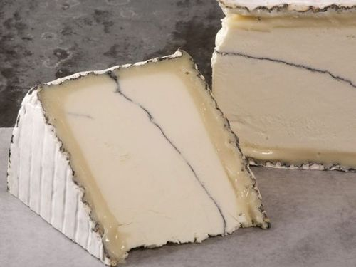 7 Goat Cheeses You Should Know Humboldt Fog Bleu du Bocage Garrotxa Crottin de Chavignol Tomme de Chevre Aydius Brunet Saint-Maure de Touraine