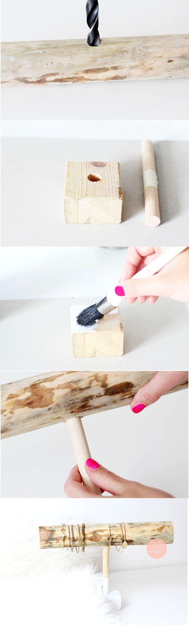 1000 ideas about bracelet holders on pinterest bracelet - Comment faire un bracelet avec des boutons ...