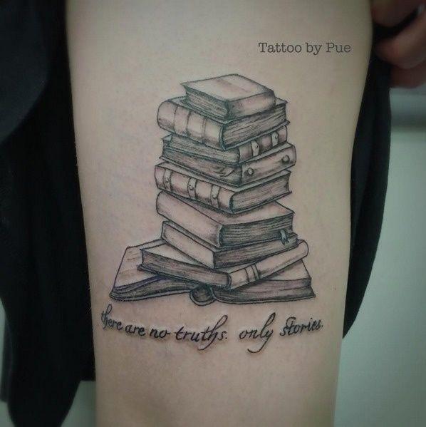 """A scuola, il termine """"topo da biblioteca"""" è sempre stato associato ad una persona """"secchiona""""."""