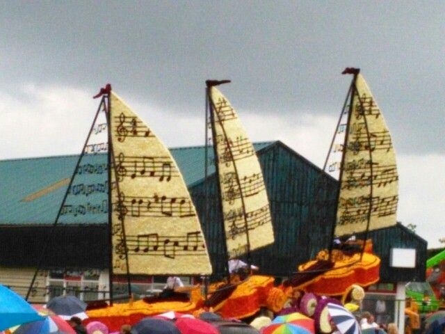 """Rataplan """"Sons de la mer"""" @BloemencorsoVollenhove2014"""