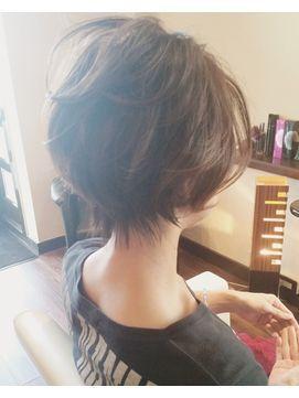 グレージュショートボブ - 24時間いつでもWEB予約OK!ヘアスタイル10万点以上掲載!お気に入りの髪型、人気のヘアスタイルを探すならKirei Style[キレイスタイル]で。