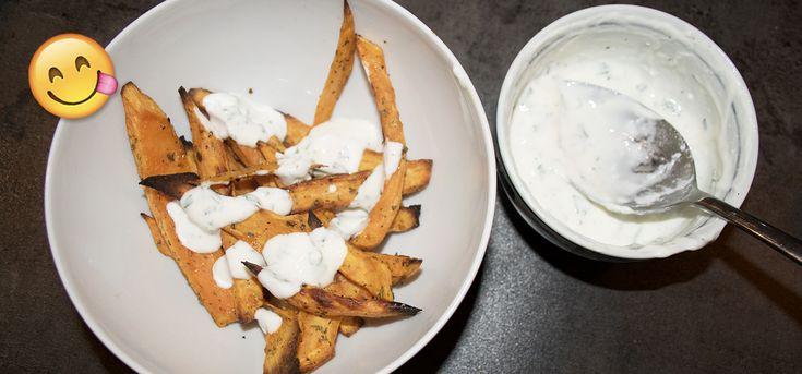 Vandaag deel ik een simpel en snel recept dat ook nog eens gezond is. Zoete aardappel frites met zelfgemaakte mayonaise van Griekse yoghurt.