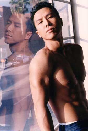 Donnie Yen smokin hot actor,martial arts