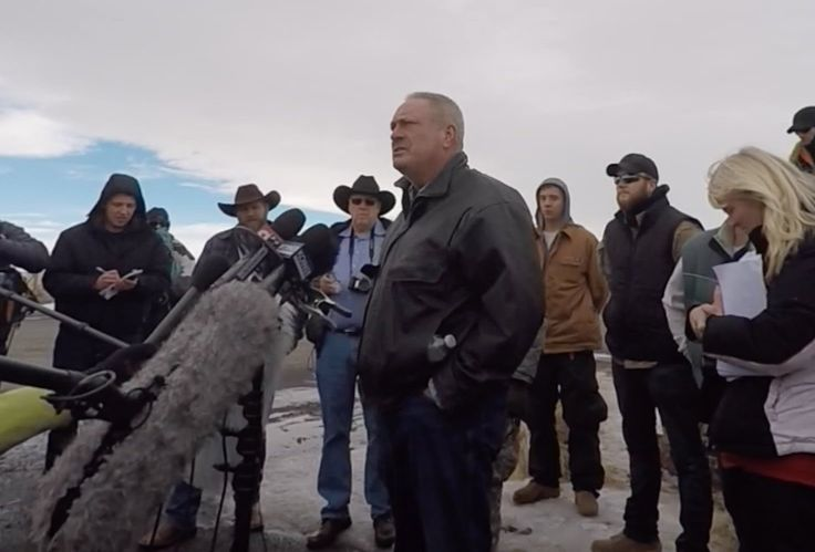 January 13, 2016 - BREAKING: Harney County Fire Chief Resigns. FBI Caught Posing As Militia...
