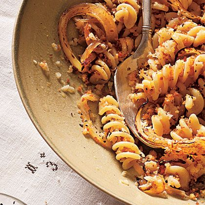 fusilli with caramelized spring onions and white wine gotta try making this pinterest. Black Bedroom Furniture Sets. Home Design Ideas