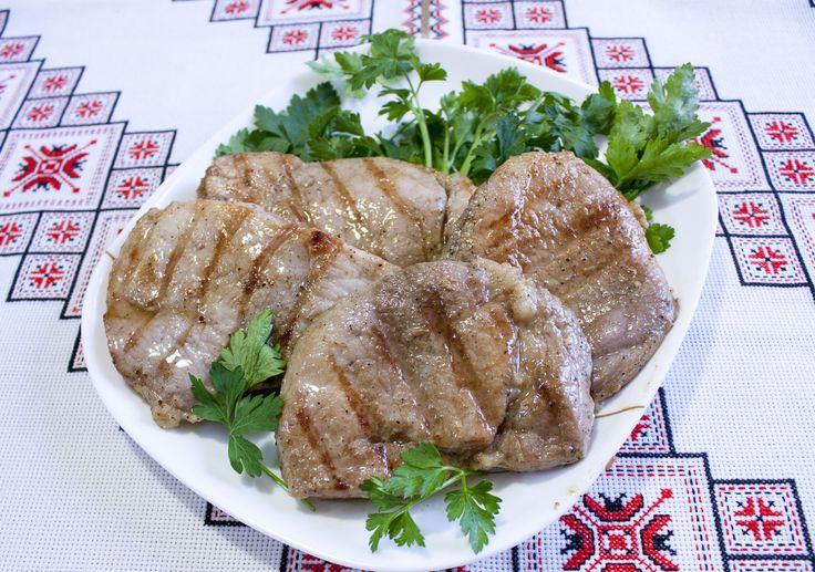 """Стейк из свинины на сковороде-гриль """"БИОЛ"""" - рецепт приготовления"""