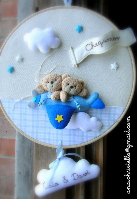 : Bastidor porta de maternidade avião com ursinhos - gêmeos