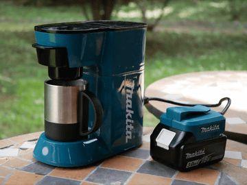 家電製品レビュー - マキタの充電式コーヒーメーカーは見た目も機能もやたらマッチョだった - 家電 Watch