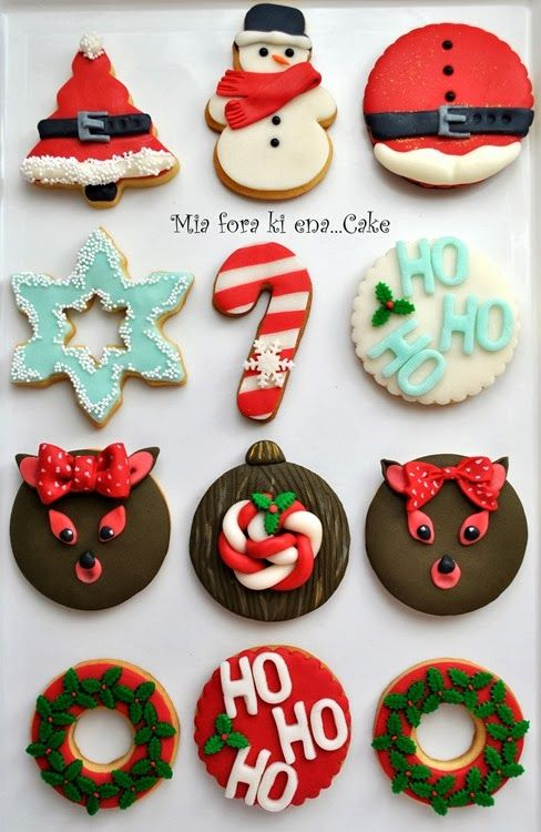 Christmas cookies http://miaforakienacake.blogspot.gr/2013/11/merry-christmas.html