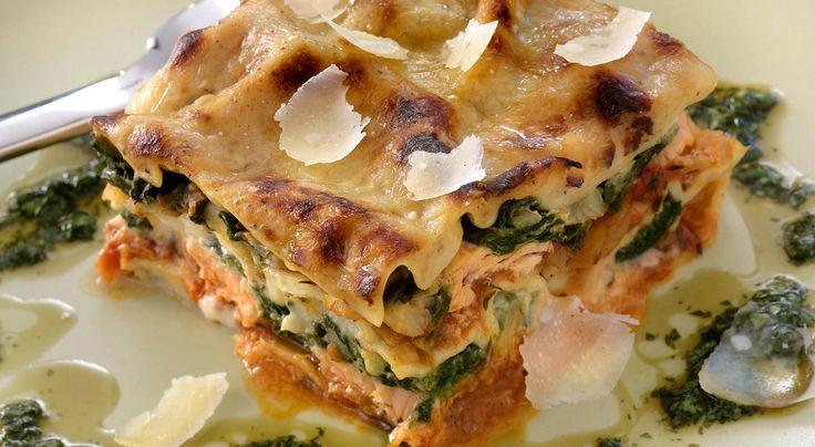 Recept på lasagne med lax och spenat.