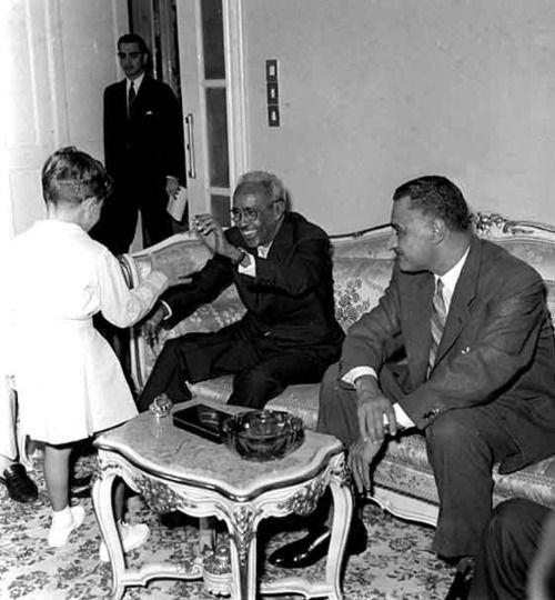 President Aden Abdulle Osman with Egyptian President Gamal Abdel Nasser and his kids.