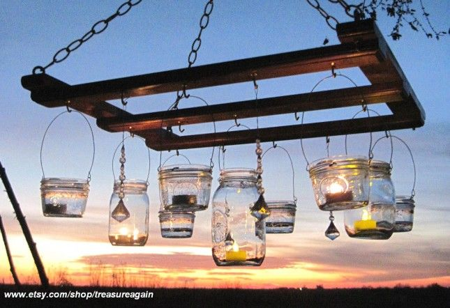 pallet projects | ... Chandelier : Mason jars and recycled pallets? DIY dreams. (via Etsy
