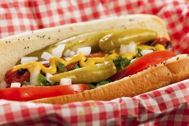 Hot dog à l'americaine : 25 garnitures que vous n'auriez pas imaginé -