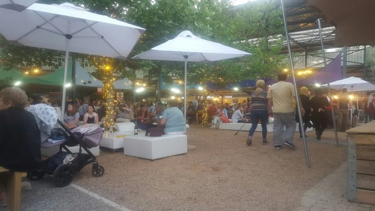 Lourensford evening market