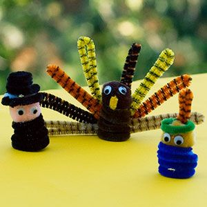 Turkey day crafts for kids thanksgiving for kids and for Pipe cleaner turkey craft