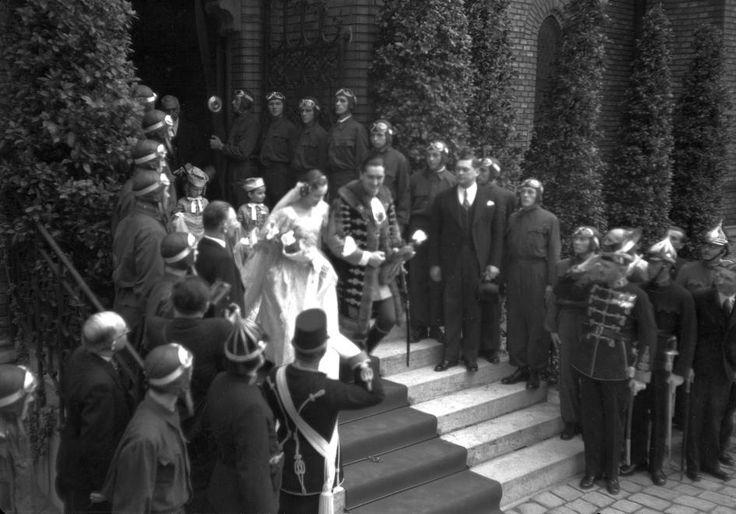 Szilágyi Dezső téri templom. Horthy István esküvője gróf Edelsheim-Gyulai Ilonával.