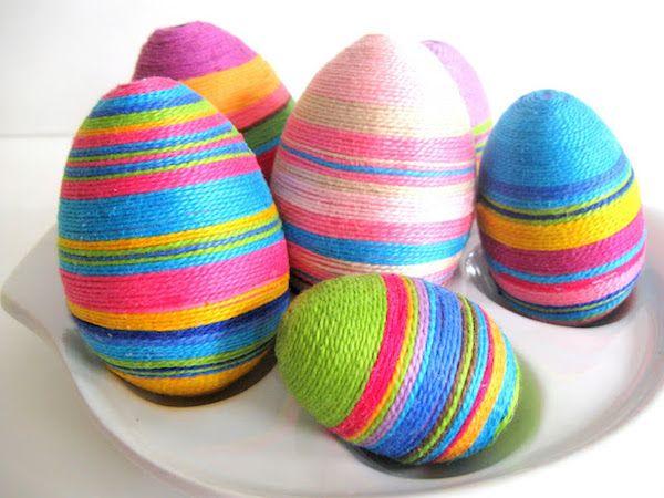 huevos decorados con hilos