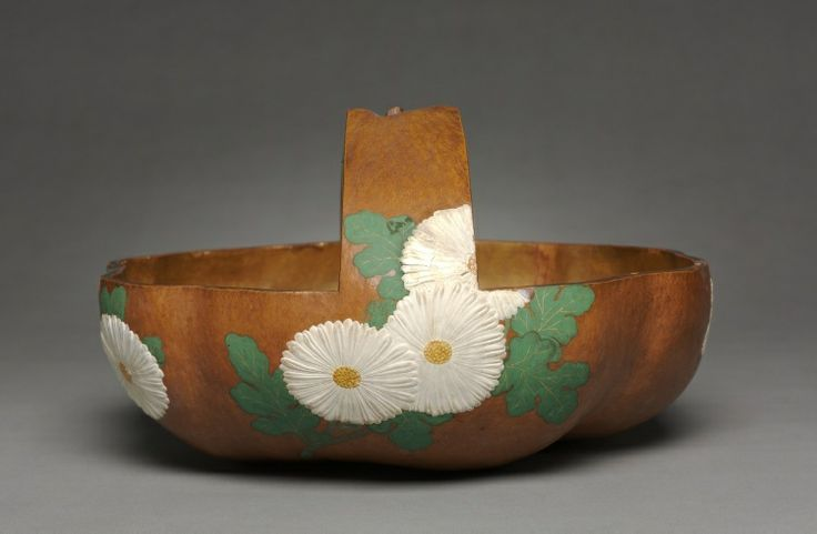 Gourd Basket with Chrysanthemum Design, 1700s attributed to Ogata Korin (Japanese, 1658-1716)