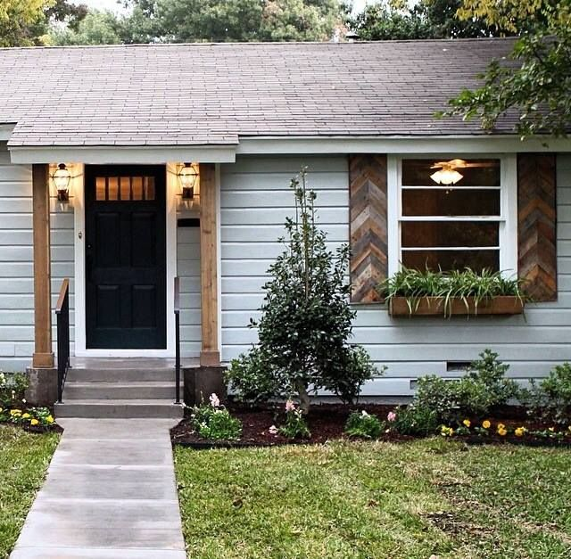 Hgtv 39 S Fixer Upper Home Exterior Love The Wood Shutters And Posts For The Home Pinterest