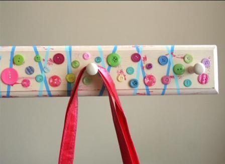 Original perchero con botones para cuartos infantiles | Manualidades Fáciles |