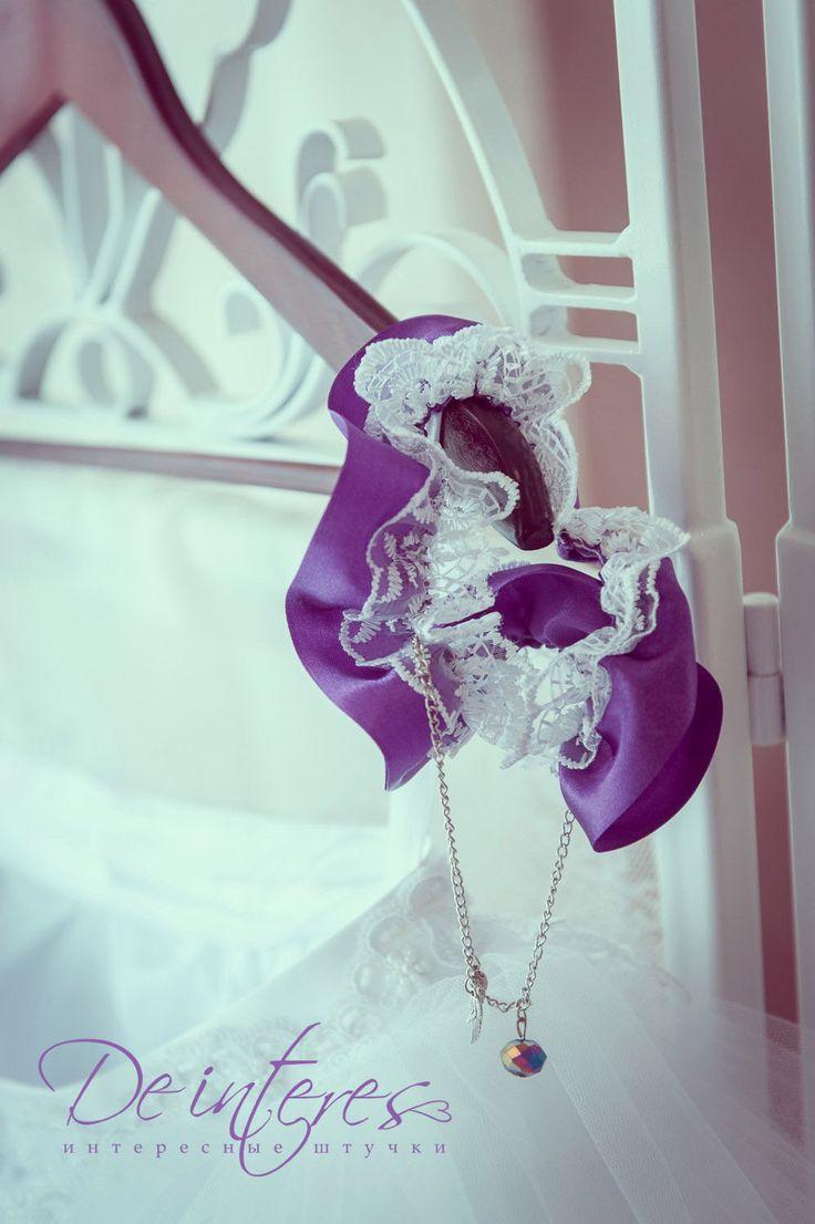 """Подвязка для невесты в стилистике """" Rock'n'Roll"""" для невесты Евгении. #свадебные_аксессуары#подвязка#фиолетовый#цепь#атласная_лента#серебро#свадьба#wedding"""