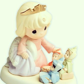 Sleeping Beauty Precious Moment Figurine! <3