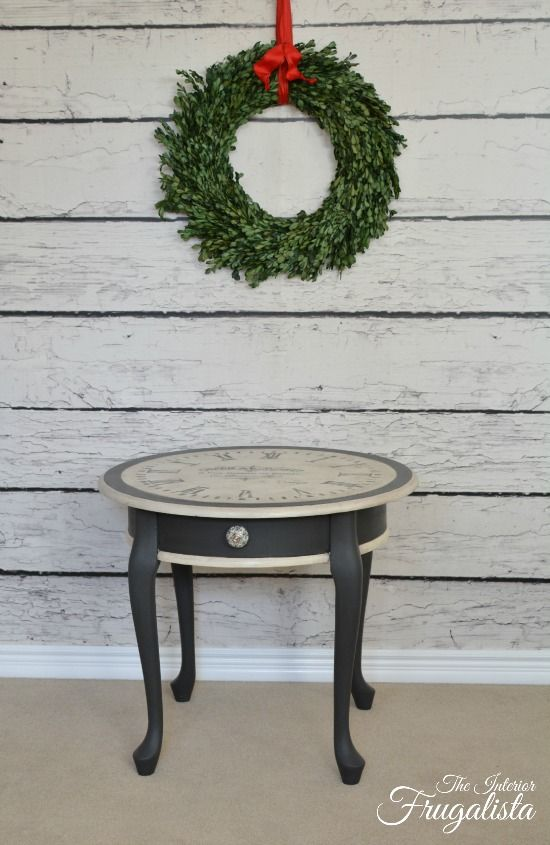 25 Fantastically Retro And Vintage Home Decorations: 25+ Best Ideas About Clock Table On Pinterest