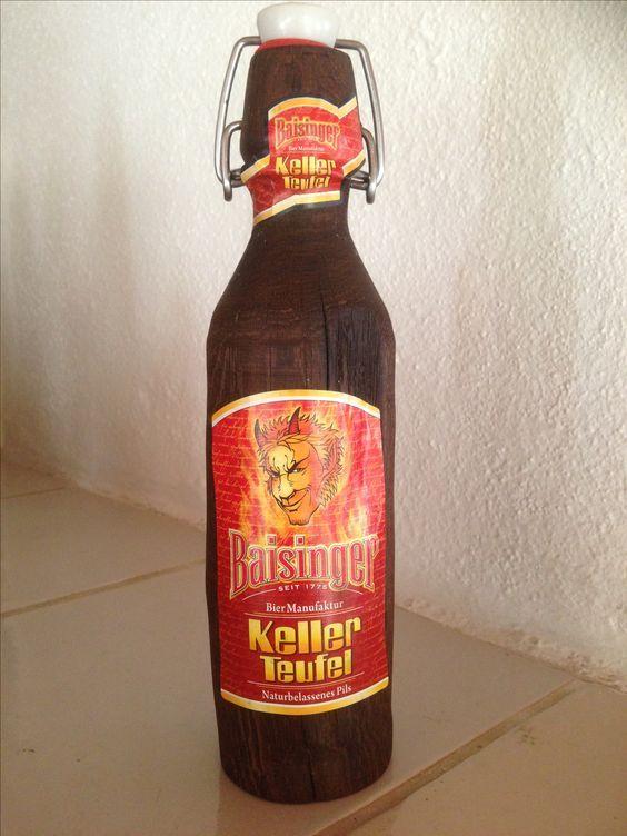 Eiche gedrechselt und geräuchert mit Originaletiketten der Brauerei.