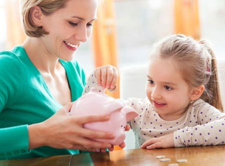 How to be a great money role model - Practical Parenting