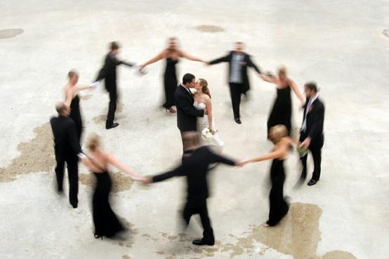 Fun wedding party photo idea: Wedding Parties, Bride Grooms, Photo Ideas, Weddings, Wedding Photos, The Bride, Bridal Parties, Photography Inspiration, Photography Ideas