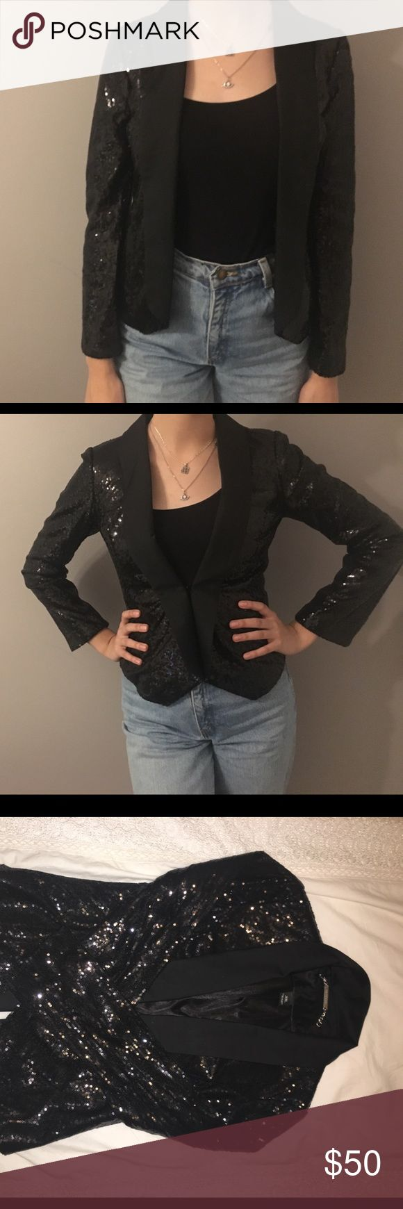 """WHITE HOUSE BLACK MARKET SEQUINED BLAZER Sequined blazer. Worn once. Literally, a GEM. Pictured on me, Im 5'8"""" & 135 pounds. Worn with Forever 21 basic black cami & thrifted high waisted """"mom"""" jeans! If you want more pics, I can provide! Willing to negotiate (: White House Black Market Jackets & Coats Blazers"""