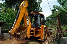 Hire My Machine, being an online portal provides, services for selling and renting of high quality Hydraulic Cranes Suppliers, Backhoe Loader, Road Construction Machines, Construction Equipment Rental Companies and Cranes Rental Services. which are built with latest technological innovations keeping in mind environment and safety standards.
