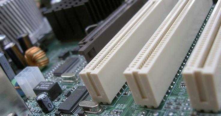O que é uma porta PCI Express Root Port?. O PCI Express é uma porta específica na placa-mãe do computador. Como uma porta regular PCI, a Root Port está propensa a conflitos entre dispositivos e a problemas de compatibilidade.