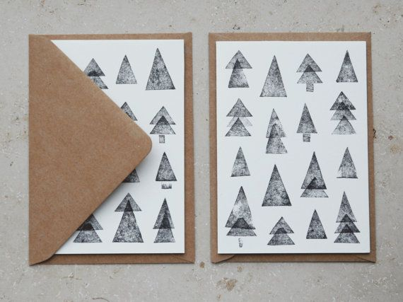 Two beautifully illustrated Christmas cards perfect for your Christmas mail.  In addition to the two greeting cards, there are 2 matching envelopes.  The fold-out map of n were printed on the Risograph.  Size: ca DIN A6 Envelope: C6