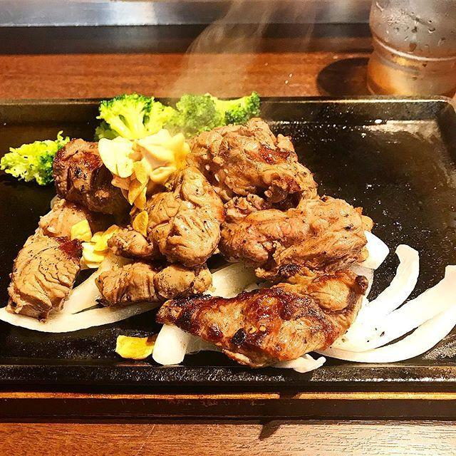 お得なランチ いきなりステーキ😋 * 付け合わせは、もちろんコーンからブロッコリーにチェンジです(๑˃̵ᴗ˂̵) * * * #いきなりステーキ#ランチ#ランチタイム#ステーキ#肉#肉食#ブロッコリー#ダイエット#糖質制限#お得#美味しい#ゆるゆる糖質制限#まいうー#beef#steak#yummy#diet#lunch#lunchtime