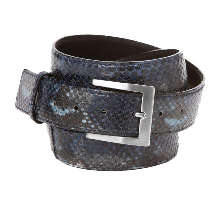 Sam python blauw - Deze blauwe python riem van 3,5 cm breed met zilverkleurige ronde gesp is dé accessoire om je outfit af te maken.