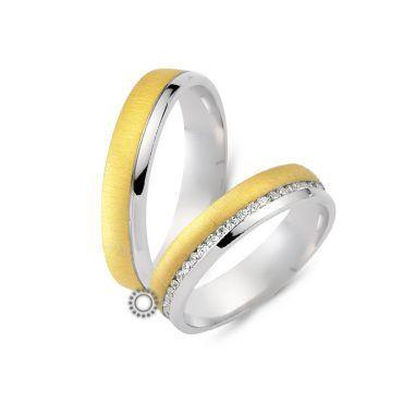 Γαμήλιες βέρες CHRILIA 24 κυρίως ματ χρυσές με ένα λευκό γυαλιστερό τελείωμα που μπορεί να χωριστούν και με διαμάντια ανάμεσα | Βέρες ΤΣΑΛΔΑΡΗΣ στο Χαλάνδρι #βερες #γάμου #wedding #rings #Chrilia